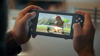 Nintendo Switch Lite TV Spot, 'My Way to Play: Diner' - Thumbnail 4
