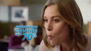ACT Anti-Cavity Rinse TV Spot, 'Feel Fearless: Iced Formulas' - Thumbnail 5