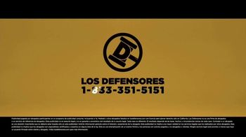 Los Defensores TV Spot, 'Un descuido' con Jorge Jarrín, Jaime Jarrín [Spanish] - Thumbnail 7