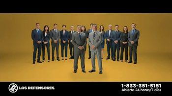 Los Defensores TV Spot, 'Un descuido' con Jorge Jarrín, Jaime Jarrín [Spanish] - Thumbnail 3