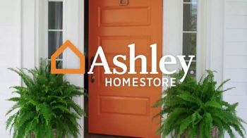 Ashley HomeStore Presidents Day Mattress Sale TV Spot, 'Free Gift' Song by Midnight Riot - Thumbnail 1