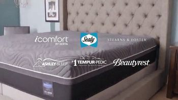 Ashley HomeStore Presidents Day Mattress Sale TV Spot, 'Free Gift' Song by Midnight Riot - Thumbnail 3