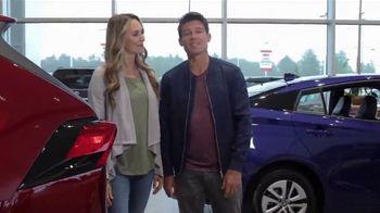 Toyota TV Spot, 'Western Washington Road Trip: ToyotaCare' Featuring Danielle Demski, Ethan Erickson [T2] - Thumbnail 7