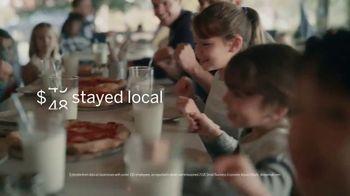 American Express TV Spot, 'Shop Small: Pizza Shop' Featuring Lin-Manuel Miranda - Thumbnail 7