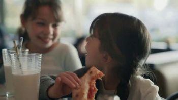 American Express TV Spot, 'Shop Small: Pizza Shop' Featuring Lin-Manuel Miranda - Thumbnail 9