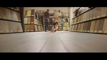 Lumber Liquidators Winter Sale TV Spot, 'Change Everything' Song by Electric Banana - Thumbnail 7
