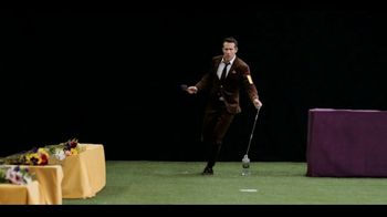 Aviation American Gin TV Spot, 'Best in Show' Featuring Ryan Reynolds - Thumbnail 7