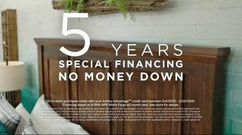 Ashley HomeStore Presidents Day Sale TV Spot, 'Five Years Financing' Song by Midnight Riot - Thumbnail 5