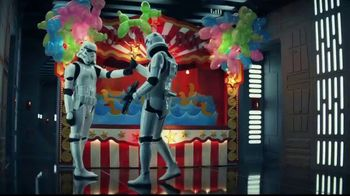 LEGO TV Spot, 'A Reimagined Stormtrooper Fight' - Thumbnail 5