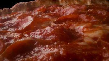 Papa John's Garlic Parmesan Crust TV Spot, 'Space' - Thumbnail 4