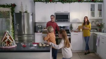 The Home Depot Black Friday Savings TV Spot, 'Right Away: Samsung Laundry Pair' - 429 commercial airings