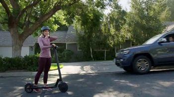 Enterprise TV Spot, 'Entourage' Featuring Kristen Bell - Thumbnail 4