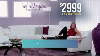 Rooms to Go Holiday Sale TV Spot, 'Sofia Vergara Collection: Leather Sectional' - Thumbnail 4