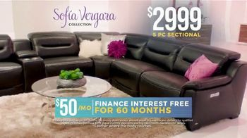 Rooms to Go Holiday Sale TV Spot, 'Sofia Vergara Collection: Leather Sectional' - Thumbnail 7