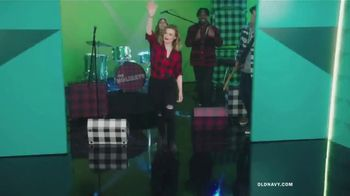 Old Navy TV Spot, 'Old Navy Tonight: The Holidays Are Here!' Feat. Neil Patrick Harris, Gillian Jacobs - Thumbnail 3