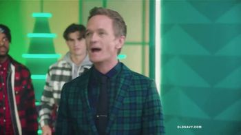 Old Navy TV Spot, 'Old Navy Tonight: The Holidays Are Here!' Feat. Neil Patrick Harris, Gillian Jacobs - Thumbnail 6