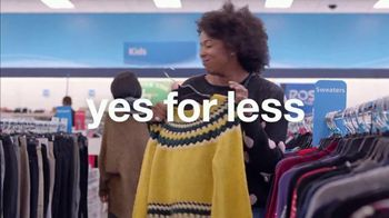 Ross TV Spot, 'Holidays: Sweater Borrowing' - Thumbnail 5