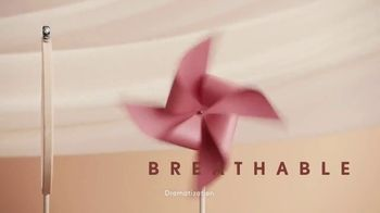 CoverGirl Clean Collection TV Spot, 'Lightweight & Breathable' - Thumbnail 6