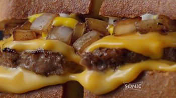 Sonic Drive-In Patty Melt TV Spot, 'Invencible' [Spanish] - Thumbnail 5