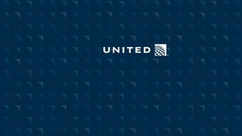 United Airlines MileagePlus Golf TV Spot, 'New Balls' - Thumbnail 8