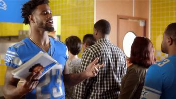 Hungry Howie's TV Spot, 'Flavor Fanatic' Featuring Darius Slay - Thumbnail 4