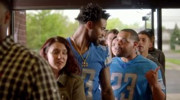 Hungry Howie's TV Spot, 'Flavor Fanatic' Featuring Darius Slay - Thumbnail 7
