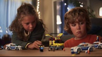 LEGO TV Spot, \'Zoe and David: Pizza Van Police Chase\'