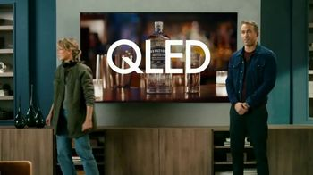 Samsung QLEDTV Black Friday TV Spot, 'A Commercial Within a Commercial' Ft. Ryan Reynolds - Thumbnail 8