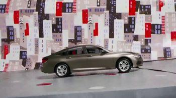 Honda El Evento Navidades Honda TV Spot, 'Desenvolver la alegría: Civic y Accord' [Spanish] [T2] - Thumbnail 6