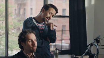American Express TV Spot, 'Sábado de pequeñas empresas: comunidad' con Lin-Manuel Miranda [Spanish] - Thumbnail 5