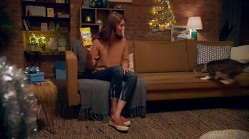 Temptations Cat Treats TV Spot, 'Holidays: All It Takes Is a Shake' - Thumbnail 2