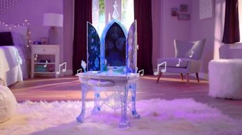 Disney Frozen II Elsa's Enchanted Ice Vanity and Adventure Dress TV Spot, 'See Elsa's Story Unfold' - Thumbnail 2