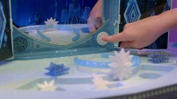 Disney Frozen II Elsa's Enchanted Ice Vanity and Adventure Dress TV Spot, 'See Elsa's Story Unfold' - Thumbnail 4