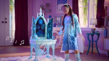 Disney Frozen II Elsa's Enchanted Ice Vanity and Adventure Dress TV Spot, 'See Elsa's Story Unfold' - Thumbnail 7