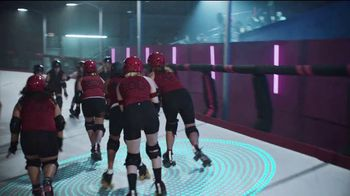 2020 Nissan Altima TV Spot, 'Roller Derby' Song by The Donnas [T2]
