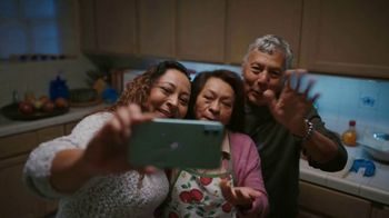 T-Mobile TV Spot, 'Holidays: Four iPhone 11s'
