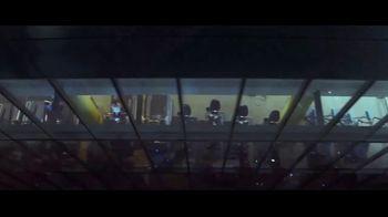 Apple iPhone TV Spot, 'Privacidad: así de sencillo' canción de Dustin O'Halloran [Spanish] - Thumbnail 4
