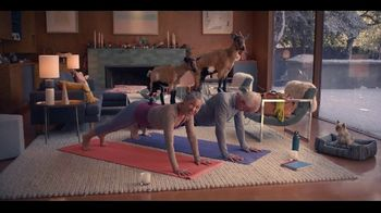 Lincoln Wish List Sales Event TV Spot, 'Goat Yoga' [T2] - Thumbnail 3