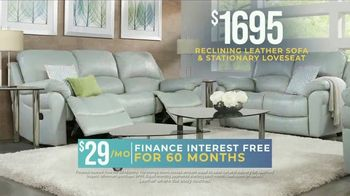 Rooms to Go Holiday Sale TV Spot, 'Reclining Leather Living Room' - Thumbnail 4