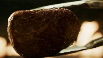 Longhorn Steakhouse Turf & Surf TV Spot, 'Steak of the Sea' - Thumbnail 1