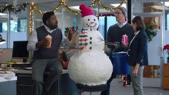 Dunkin' Holiday Signature Lattes TV Spot, 'Snowmanin' - Thumbnail 8