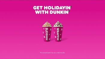 Dunkin' Holiday Signature Lattes TV Spot, 'Snowmanin' - Thumbnail 9