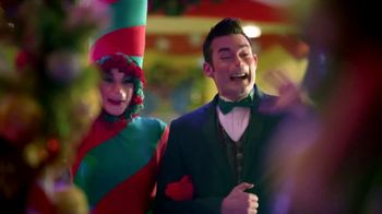 Universal Studios Hollywood TV Spot, 'Holidays' - Thumbnail 4