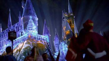 Universal Studios Hollywood TV Spot, 'Holidays' - Thumbnail 7