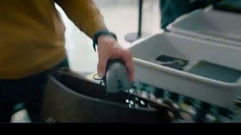 Samsung Galaxy Note10 TV Spot, 'Mobile Workspace Solutions: Airport Security' - Thumbnail 3