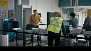 Samsung Galaxy Note10 TV Spot, 'Mobile Workspace Solutions: Airport Security' - Thumbnail 4
