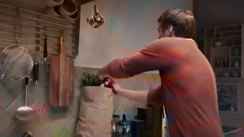 Food Network Kitchen App TV Spot, 'Love: Happy Place' Song by John Paul Young - Thumbnail 3