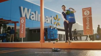 Walmart Grocery Pickup TV Spot, 'Famous Visitors: LEGO' Song by Warrant - Thumbnail 5
