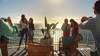 trivago TV Spot, 'Two Families, Two Prices' - Thumbnail 3