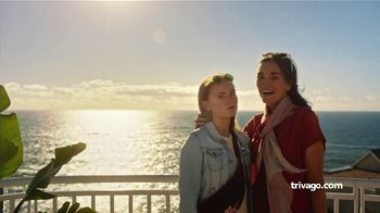 trivago TV Spot, 'Two Families, Two Prices' - Thumbnail 4